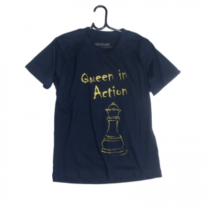 Camiseta Infantil Queen in action